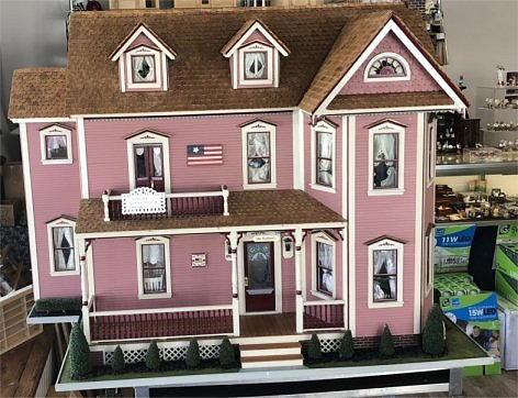 Surprising Fingertip Fantasies Dollhouse And Miniature Shop Download Free Architecture Designs Viewormadebymaigaardcom