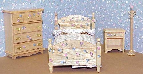Great 4 Piece Oak Bedroom Set